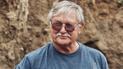 Why Does Dave Blankenship Limp on Oak Island?