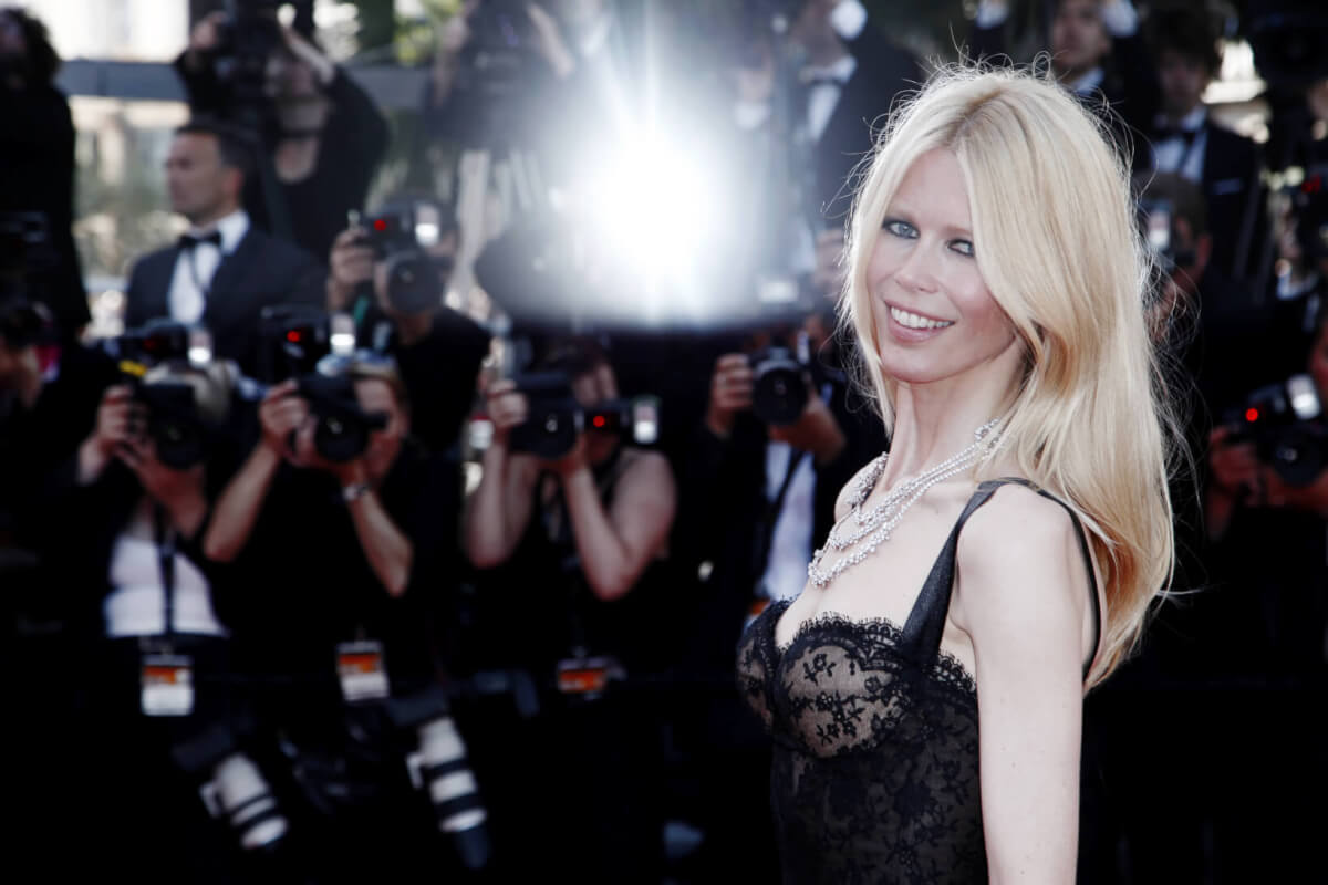 what happened to claudia schiffer?