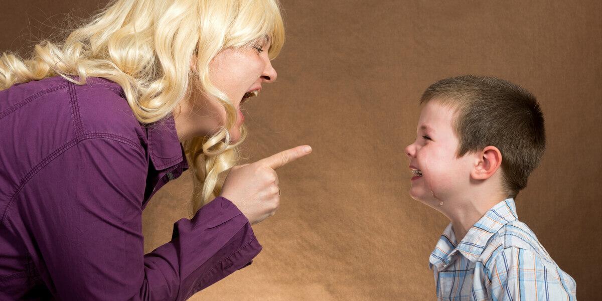 Noah slaps Wendy on Dr. Phil