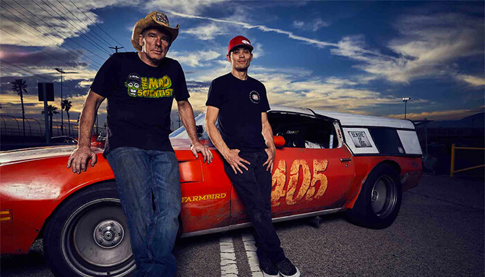what does farmtruck do for a living